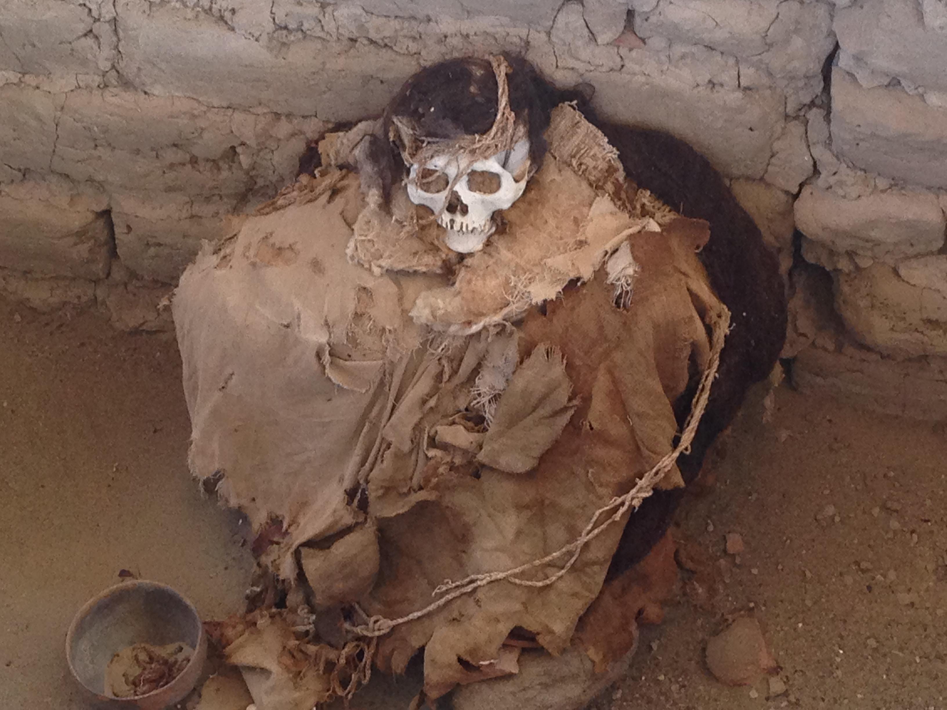 peru-6-nazca-momia